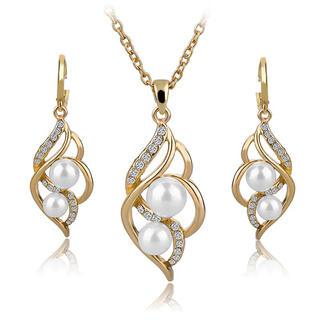 Řetízek s perlou a náušnice