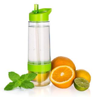 Sportovní lahev SQUEEZY s lisem na citrusy, BANQUET zelená