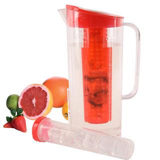 Plastový džbán s vložkou na led a ovoce