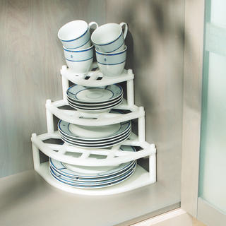 Rohová polička na nádobí