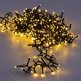 Světelný LED řetěz se 400 světýlky