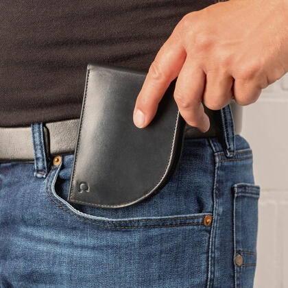 Pánská peněženka do přední kapsy
