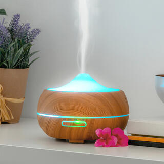 Aroma difuzér s LED osvětlením