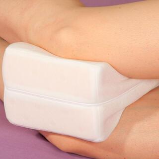 Ortopedický polštářek mezi kolena