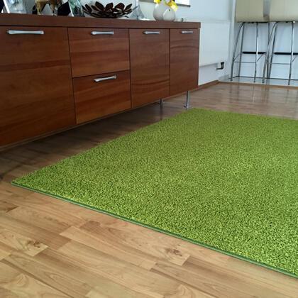 Kusový koberec SHAGGY zelený
