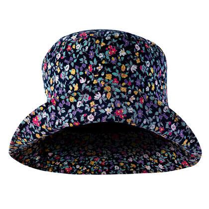 Dámský klobouk s kytičkami