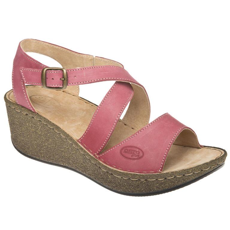 Dámské sandály na klínku červenohnědé
