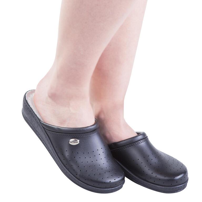 Dámské pantofle s plnou špičkou Comfort Step černé