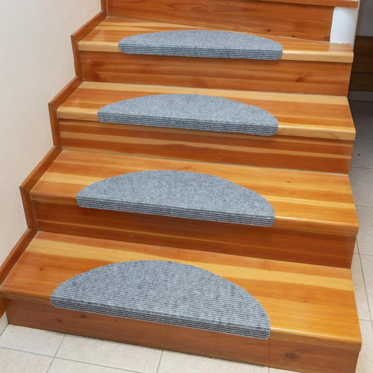 Koberec na schody QUICKSTEP půlkruh šedý sada 10 kusů