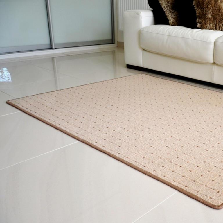 Kusový koberec UDINESE béžový 140 x 200 cm