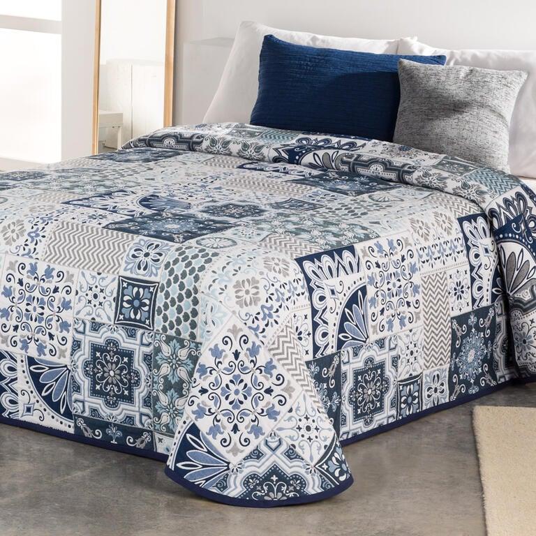 2a2b54cd2d35 Přehoz přes postel MIA modrý dvojlůžko