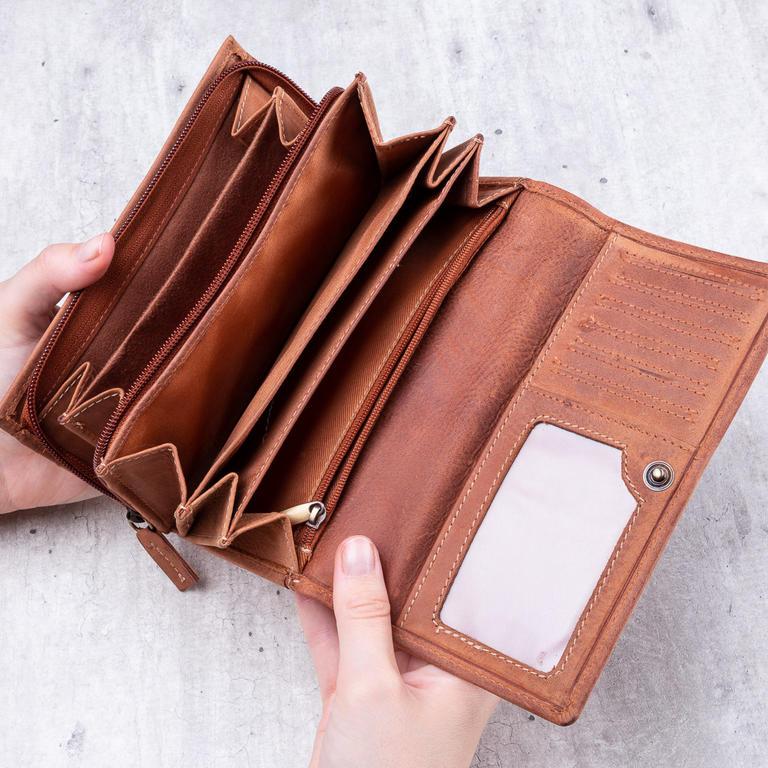 38aa6ede3a2 Dámská kožená peněženka světle hnědá - decoDoma