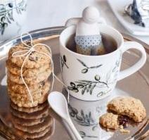 Čaj s domácími sušenkami