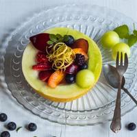 Opilý meloun s ovocem
