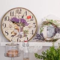 Stylové hodiny s levandulí