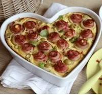 Slaný koláč s šunkovými růžemi