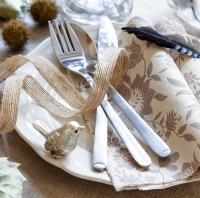 Podzimně laděný stůl